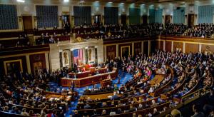 Minimalna płaca, 15 dol. na godzinę w pakiecie pomocowym Izby Reprezentantów