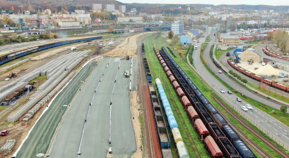 Do Portu Gdynia wjadą wreszcie długie pociągi