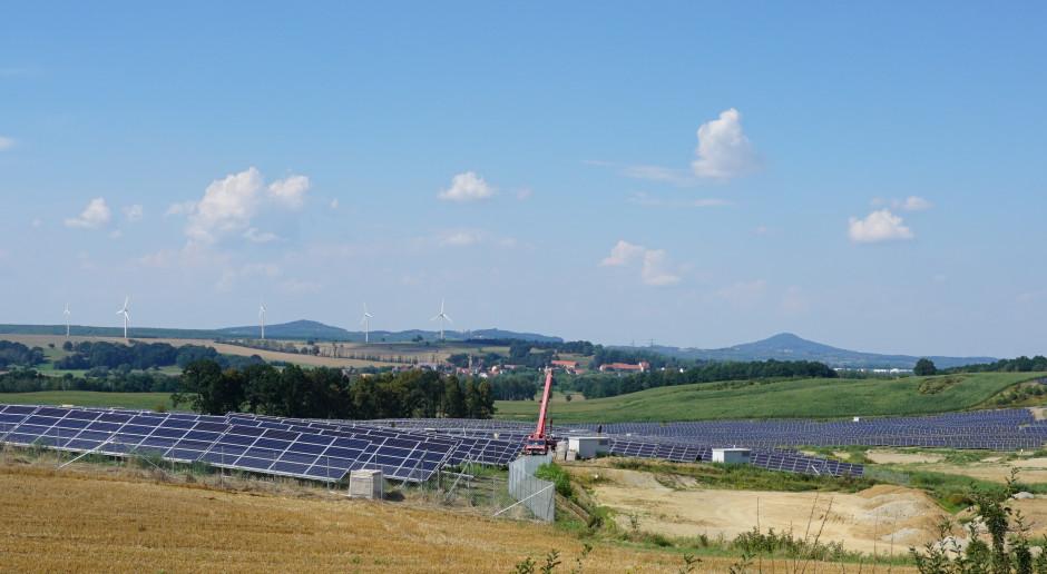 ELQ chce zbudować farmy fotowoltaiczne o mocy 1000 MW