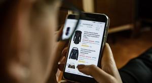 Odzieżówka nadąża za modą na technologię
