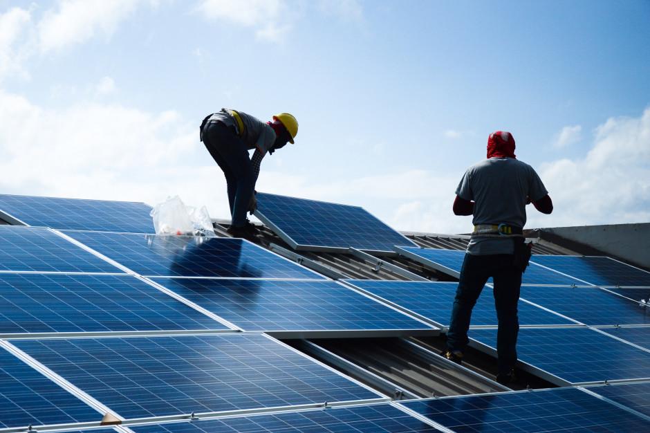 Ceny prądu biją rekordy. Nadzieje na poprawę mogą okazać się złudne