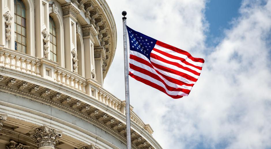 Zuckerberg i Dorsey trafili na dywanik w Senacie USA