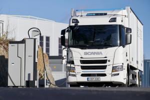 Bezemisyjne ciężarówki generują kosztowny problem. Także dla Polski