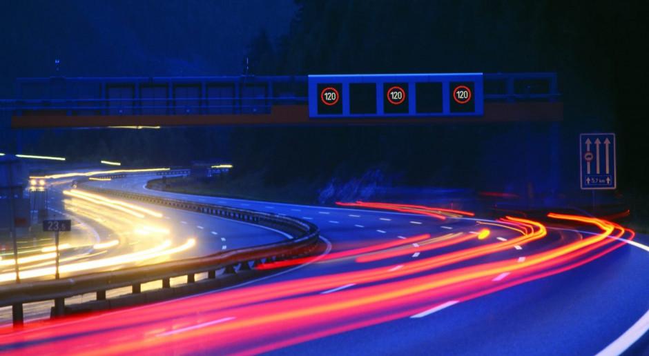 Siemens Mobility wprowadza inteligentny system zarządzania ruchem na autostradach