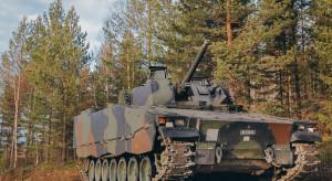 Szwedzi wyremontują Szwajcarii wozy bojowe