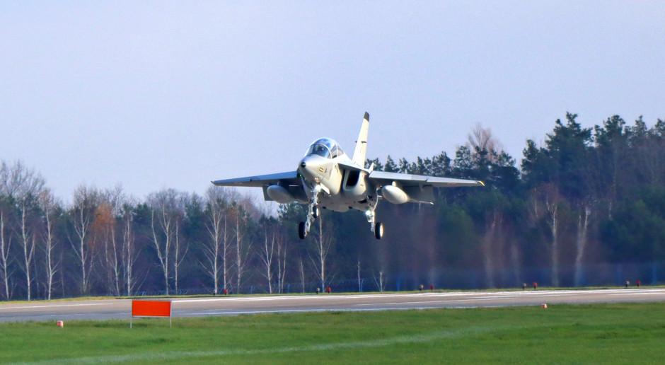 W Dęblinie wylądował czwarty w tym roku samolot M-346 Bielik