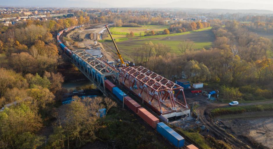 Budimex pędzi z kolejowym kontraktem za 1,4 mld zł. Widać już most przez Wisłę
