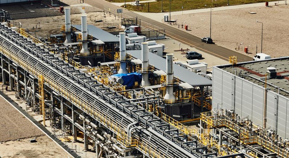 Ważne elementy rozbudowywanego terminala LNG dotarły na budowę