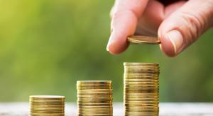 Rośnie średnie wynagrodzenie. Polacy zarabiają coraz więcej