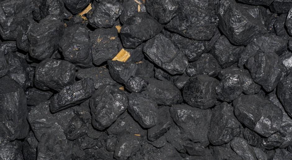 Dodanie soli miedzi do węgla może zwiększać efektywność spalania