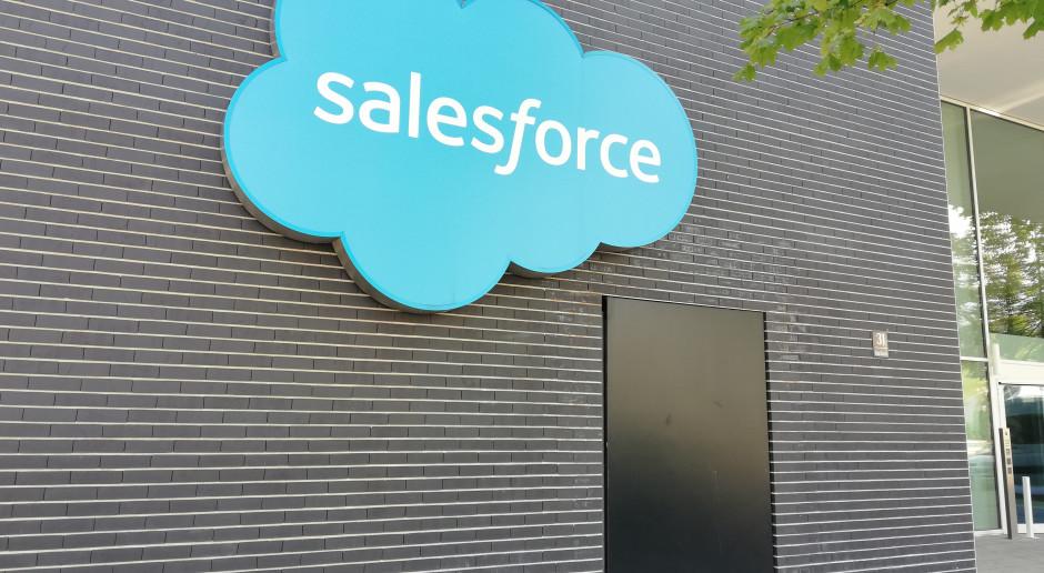 Po świetnym kwartale Salesforce podnosi prognozę sprzedaży