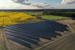 Mocny początek roku Erbudu. Farmy wiatrowe i fotowoltaika napędzają wyniki