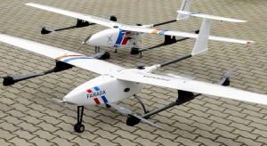 Testowy dron dostarczył paczki medyczne o połowę szybciej niż samochód