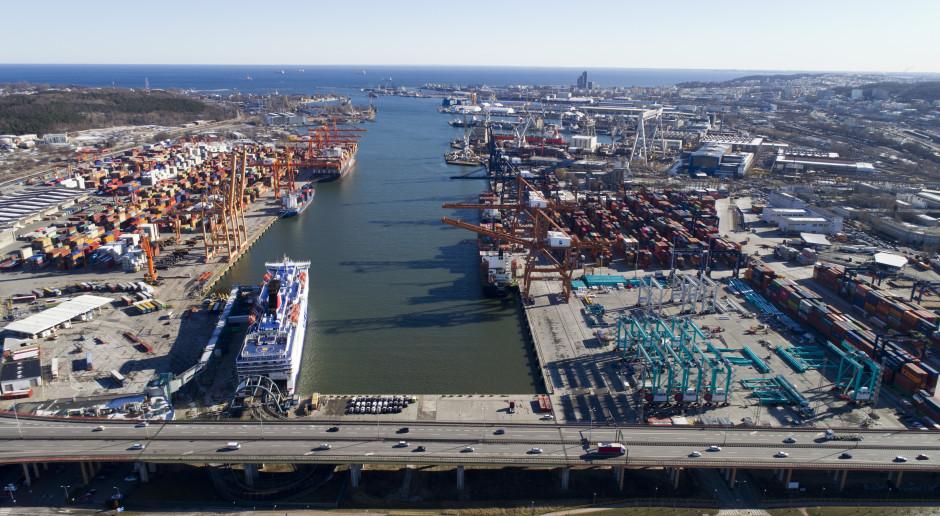 O ponad 36 proc. rdr wzrósł w I kw. przeładunek paliw płynnych w Porcie Gdynia