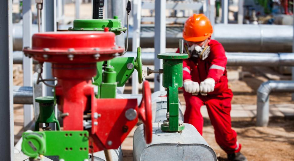 Chiny budują naftową potęgę. Wielkie inwestycje właśnie dają efekty