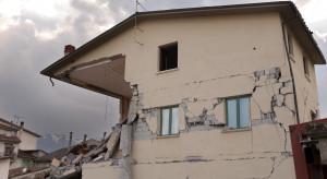 Indonezja: Bilans ofiar śmiertelnych trzęsienia ziemi wzrósł