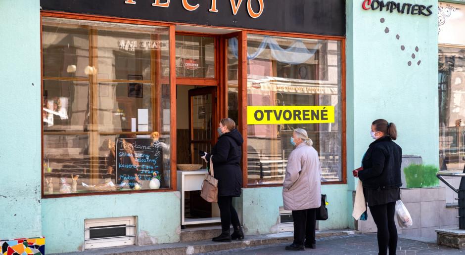 Słowacja: Przedłużony zakaz wychodzenia z domu