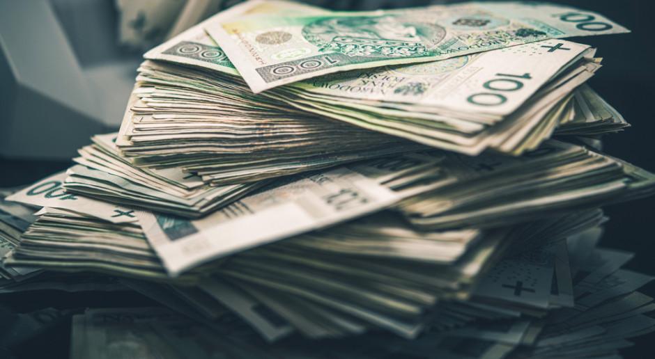 Sezon na interwencje walutowe