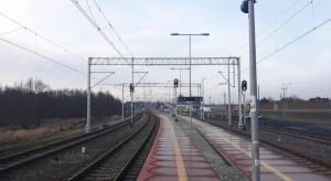 Kolejarze elektryfikują ważną linię kolejową