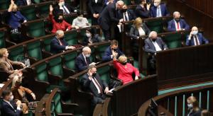Sejm przyjął osiem ze 109 poprawek Senatu do budżetu na 2021 rok