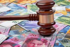 Frankowicze przestali czekać na polityków i nakręcają spiralę pozwów przeciw bankom