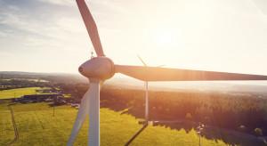 Rozkwit inwestycji w farmy słoneczne i wiatrowe wciąż przed nami