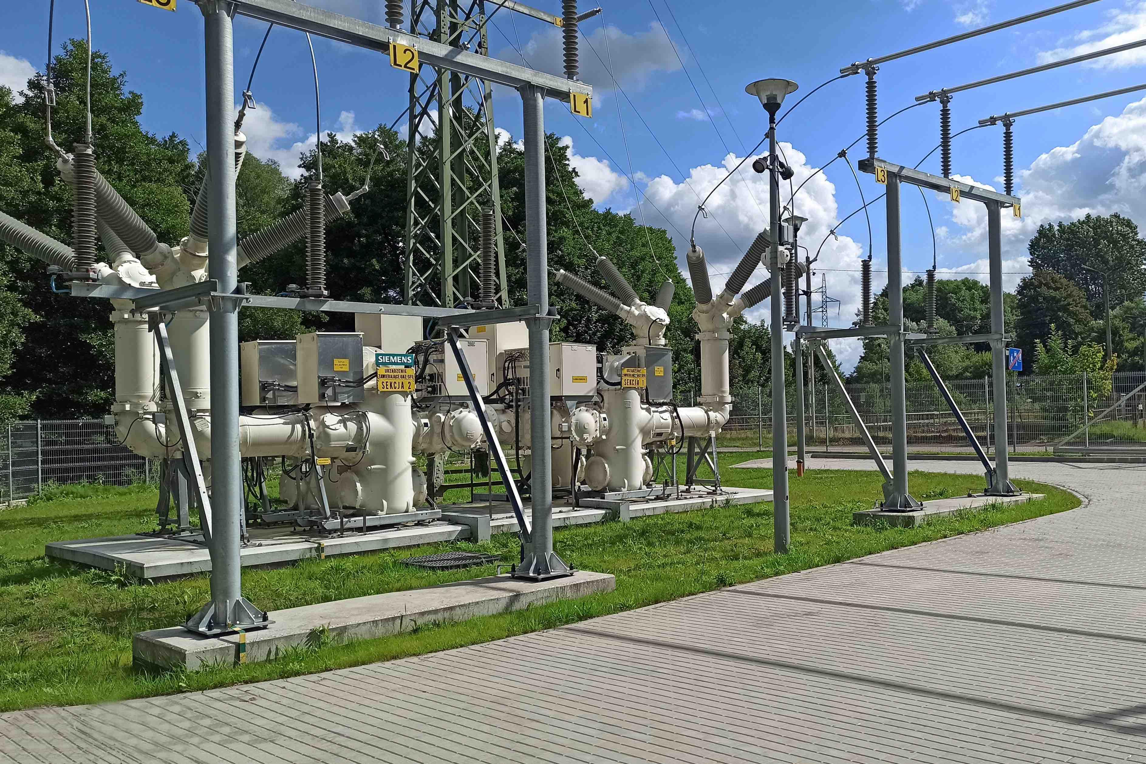 Energa Operator wymienia transformatory i modernizuje infrastrukturę sieciową, ograniczając straty energii elektrycznej w sieciach. Fot. Energa.