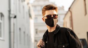 Polska firma sprzedaje maseczki eliminujące wirusy