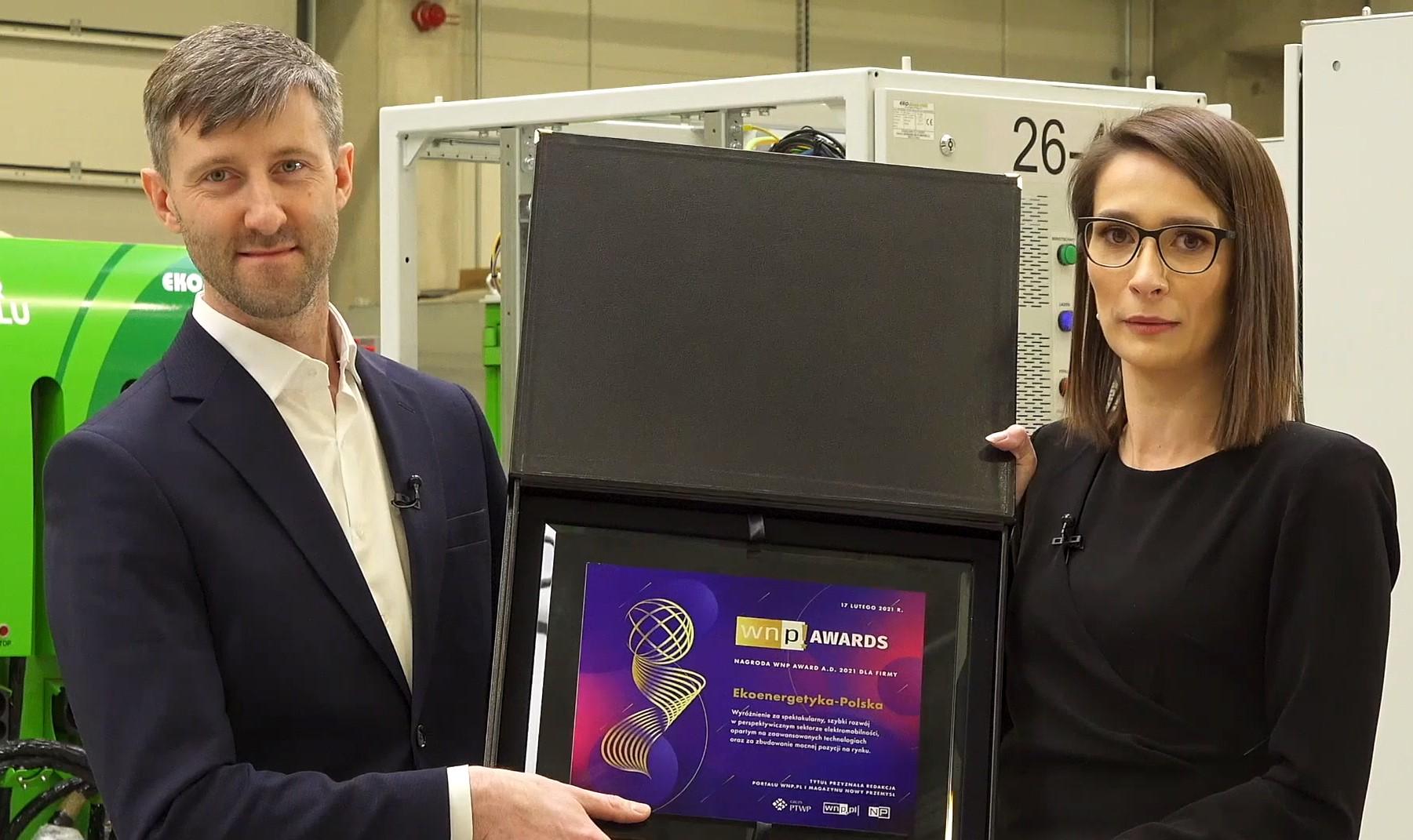 Nagrodę WNP Awards odebrałi: wiceprezes spółki Ekoenergetyka-Polska Maciej Wojeński oraz prezes firmy Dagmara Duda.