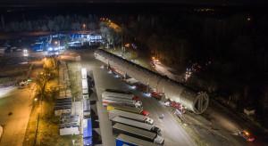 Serce Polimerów Police już na placu budowy. 900 ton i 100 metrów