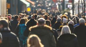 Efekt drugiej fali: ponad 1,2 mln zatrudnionych nie wykonywało pracy