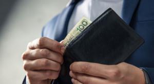 Ile powinien zarabiać urzędnik?