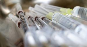 Prawo pracy a szczepienia przeciwko COVID- 19. Coraz więcej wątpliwości i skarg