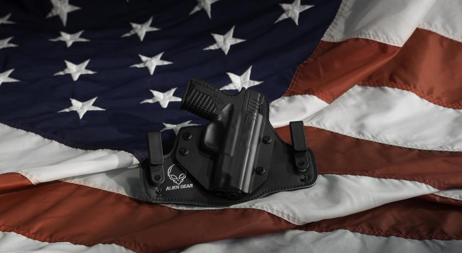 Administracja Bidena chce większej kontroli dostępu do broni