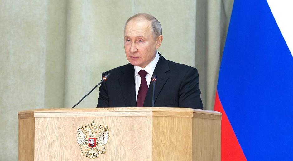 Putin: Rosja będzie twardo bronić swoich interesów narodowych