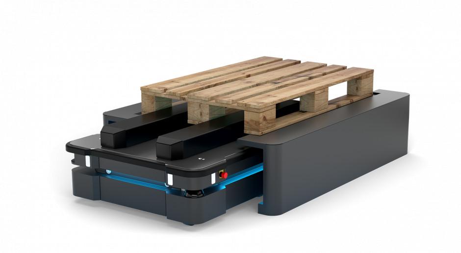 Robot pomoże przy transporcie palet w IKEA. Udźwignie pół tony