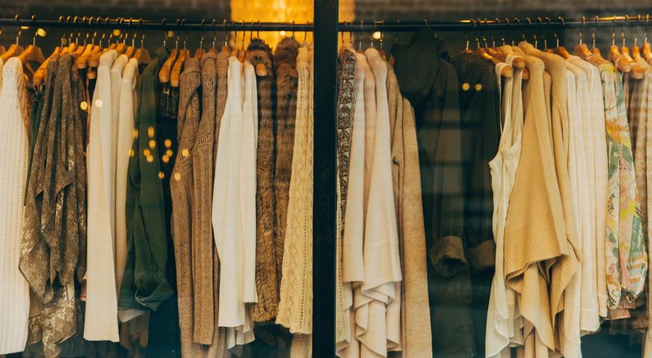 Marka Muji reklamuje ubrania z chińskiej bawełny