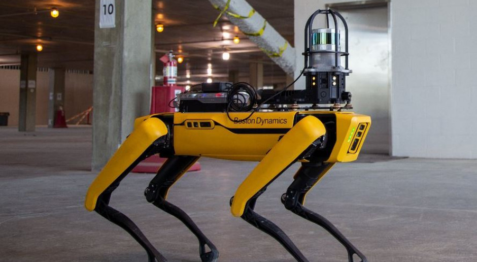 Roboty rozpychają się w czasach pandemii