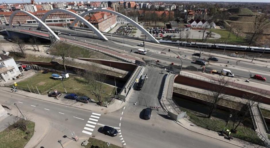 Otwierają most nad Kanałem Raduni w Gdańsku
