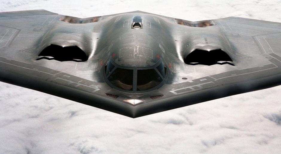 """Rosja zatwierdziła projekt """"niewidzialnego"""" bombowca"""