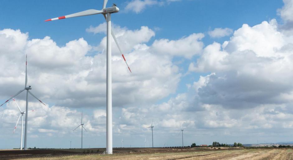 EDPR zwiększa moce i korzysta z dobrego wiatru