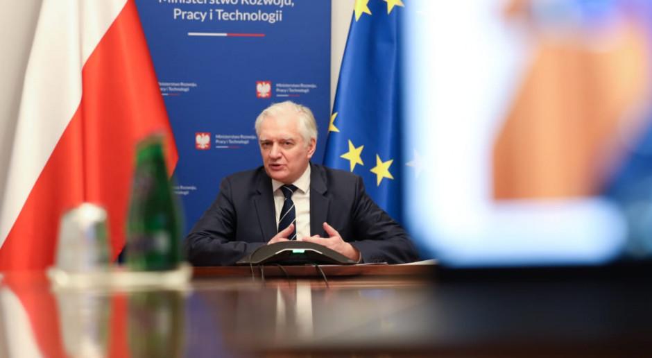 Polska wpłaciła więcej niż zyskała. Gowin: to musi się zmienić