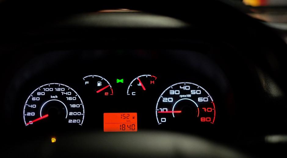Rząd przyjmie projekt ustawy o systemach homologacji pojazdów