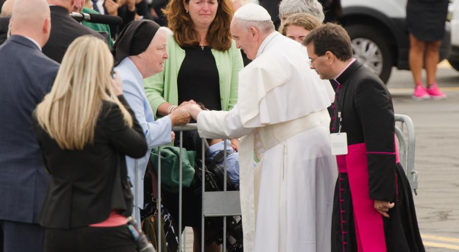 Papież: Zaangażujmy się w użycie mediów dla pokoju
