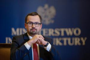 Horała: 100 mln euro w KPO na Centralny Port Komunikacyjny
