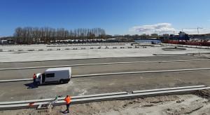 Portowy parking na 300 ciężarówek już bliżej niż dalej