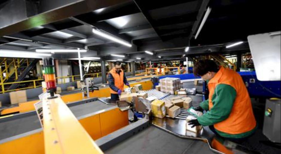 Chińczycy wysyłają dwa razy więcej paczek niż przed pandemią
