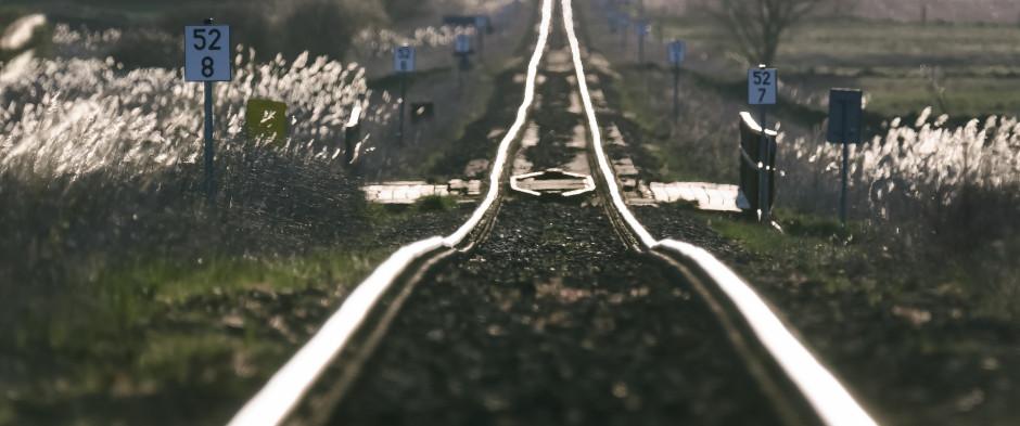 Stan 13 proc. naszej sieci kolejowej uznawany jest za niezadowalający. Fot. Shutterstock.com