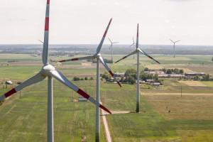 Litwini sprzedają w Polsce coraz więcej energii elektrycznej