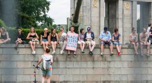 Niemcy: lewicowi aktywiści przyznali się do podpalenia fabryki Tesli